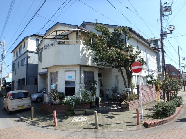 千葉県千葉市中央区 外壁塗装・屋根塗装・デッキ交換・波板交換ビフォア写真