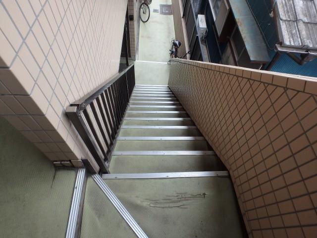 千葉県野田市 長尺シート工事・鉄部塗装・雑工事ビフォア写真